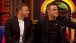 Gary et Robbie interview au Paul O Grady 07-10-2010 2debc6101826087
