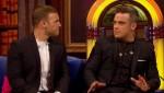 Gary et Robbie interview au Paul O Grady 07-10-2010 7c9c7d101825769