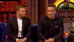 Gary et Robbie interview au Paul O Grady 07-10-2010 Bf3211101824943
