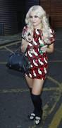 Nov 19, 2010 - Pixie Lott @ Leaving a Photo Studio in London 6ae346107949162