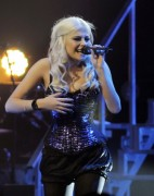 Nov 24, 2010 - Pixie Lott - The Crazycats Tour B93f6f108401912