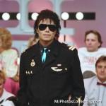 1985AUSTRALIA:Perth'sTelethon-Black Shirt, Blue  B18476116595254