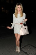 Диана Викерс, фото 711. Diana Vickers Leaving the Krystof Show at London Fashion Week - 18.02.2011, foto 711