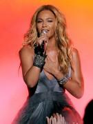 25 Mai - American Idol Finale  - Page 5 C8496e133913437