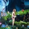 MTV Movie Awards 2011 - Página 4 7ac094135496163