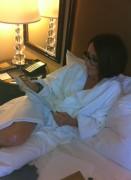 Patricia Heaton-in bed