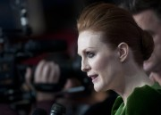 Джулианн Мур, фото 977. Julianne Moore 'Game Change' Premiere in Washington DC - March 8, 2012, foto 977