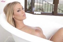 Николь Энистон, фото 123. Nicole Aniston Baby Blue Babe Set, foto 123