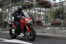 active suspension on motorcycles