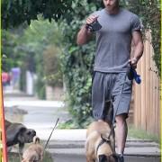 Kellan Lutz: Jogging with Kola and Kevin! 3e0b3b90505837