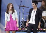 Деми Ловато, фото 125. Demi Lovato performs during ABC's 'Good Morning America' (august 13), photo 125